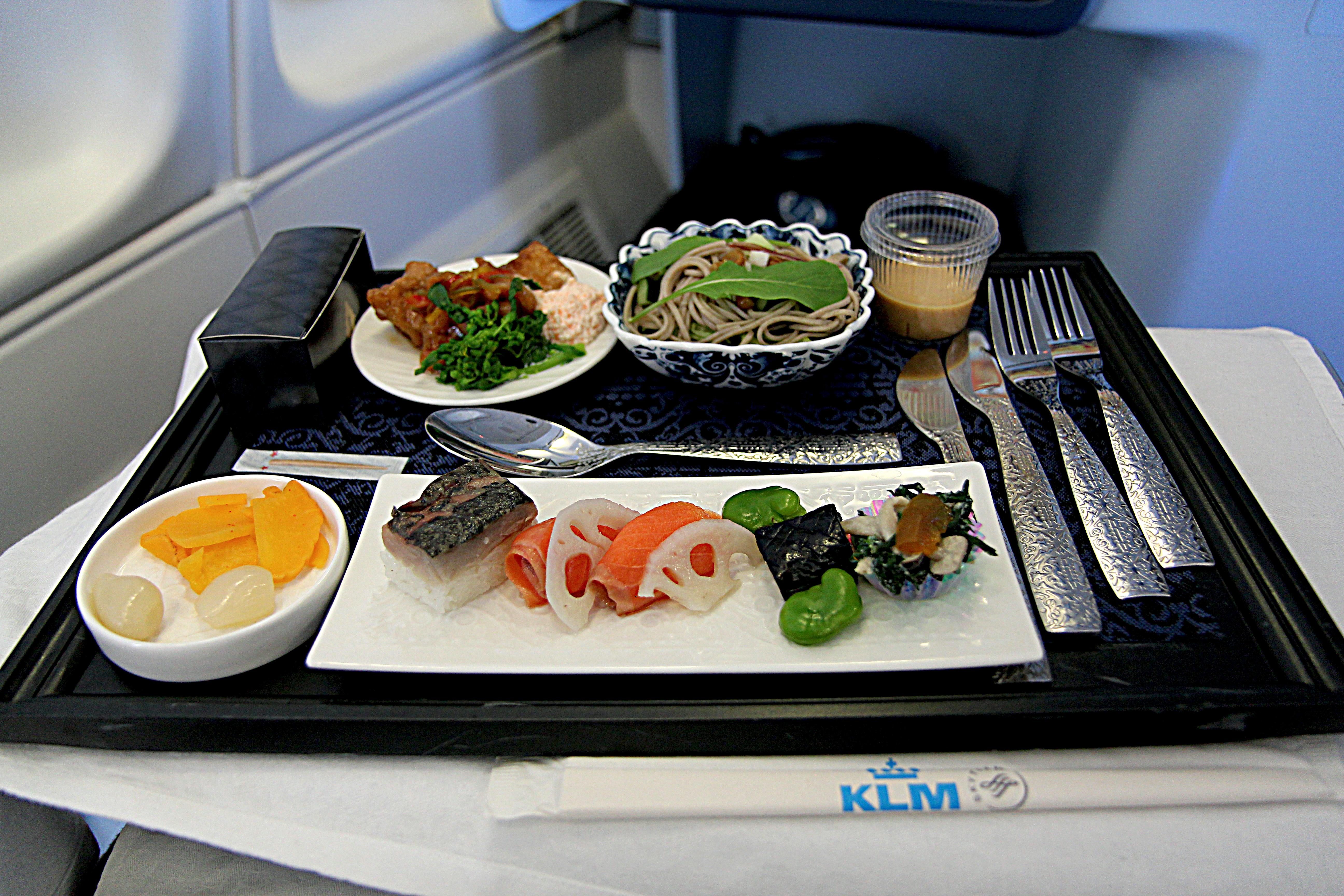 KLM 3