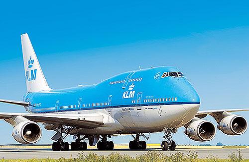 hul i siden på 747
