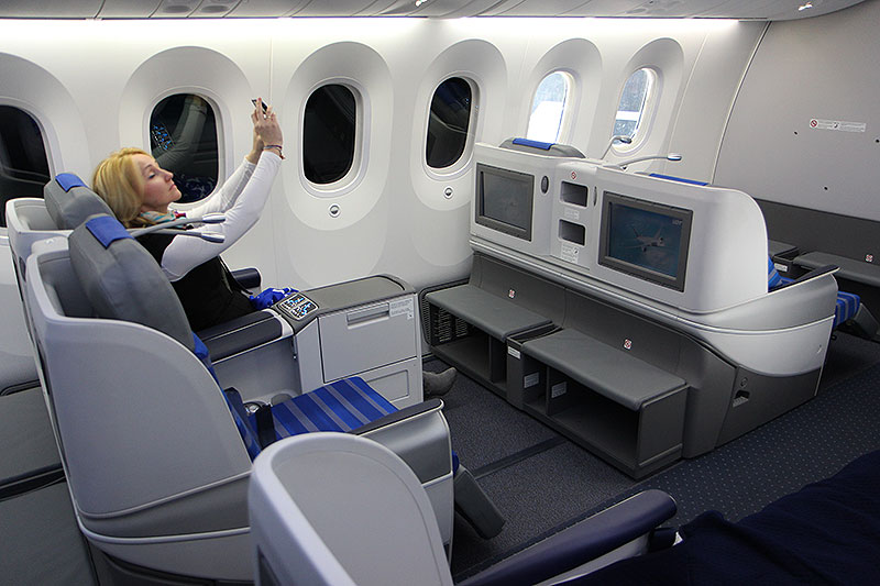 Business Class på LOT's Dreamliner (foto: Kenneth Karskov)