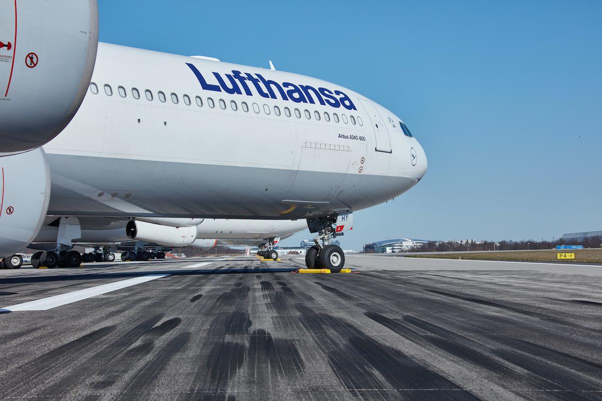 Lufthansa Airbus A-340 fly med registreringen D-AIHY (foto: Oliver Roesler / Lufthansa)