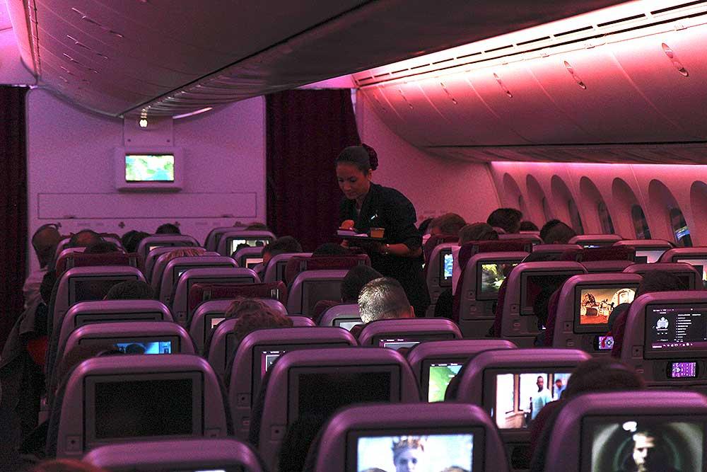 qr-dreamliner-economy-class-cabin-service
