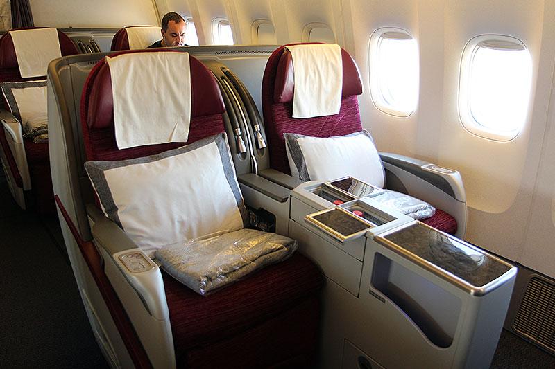 QR832-DOH-BKK-Business-Class-seat