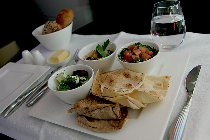 Qatar-Airways-Business-Class-3