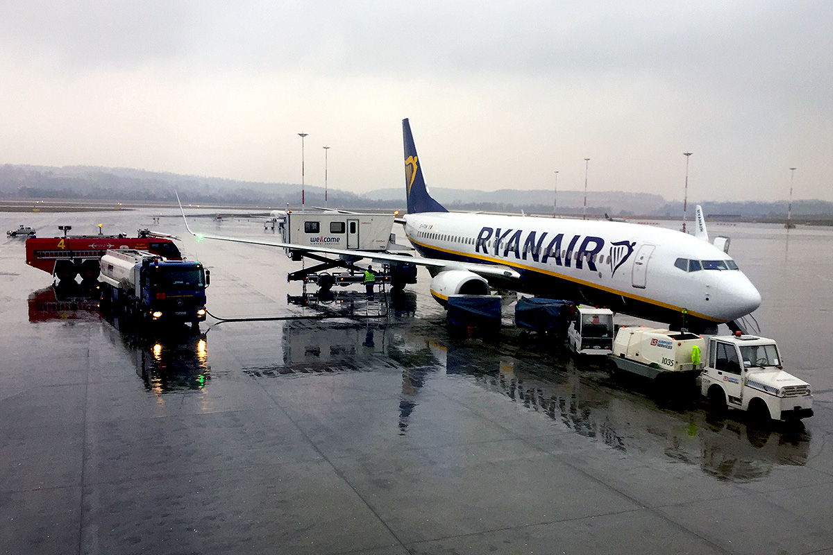 Ryanair-at-Krakow-Airport