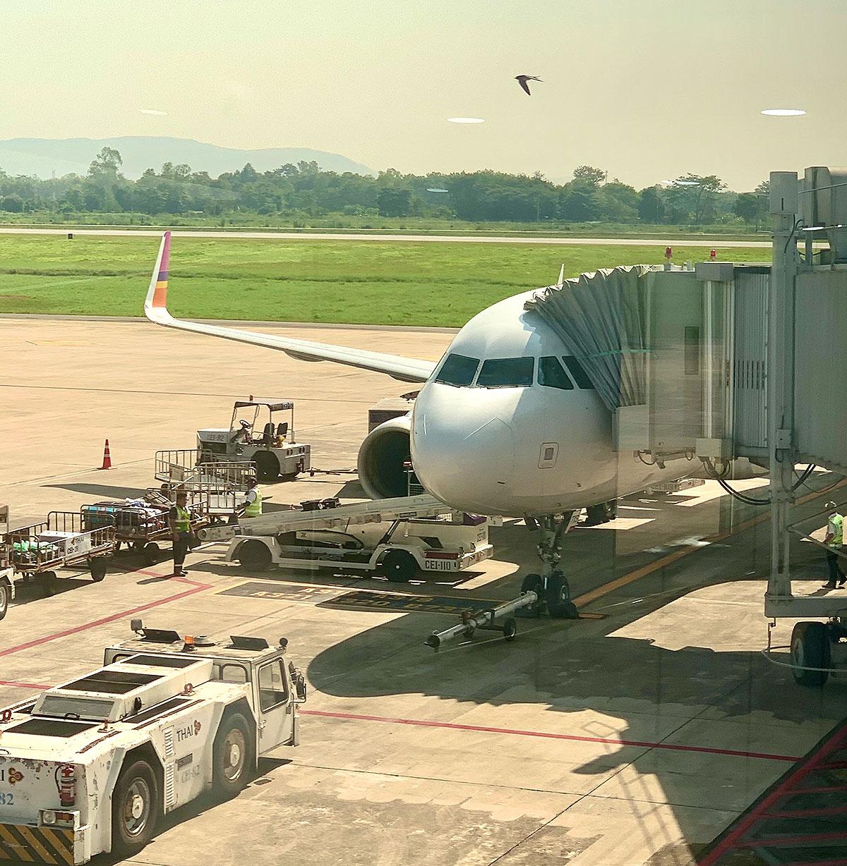 Thai Smile flyet fra Bangkok efter landing i Chiang Rai lufthavn i Thailand (foto: Kenneth Karskov)