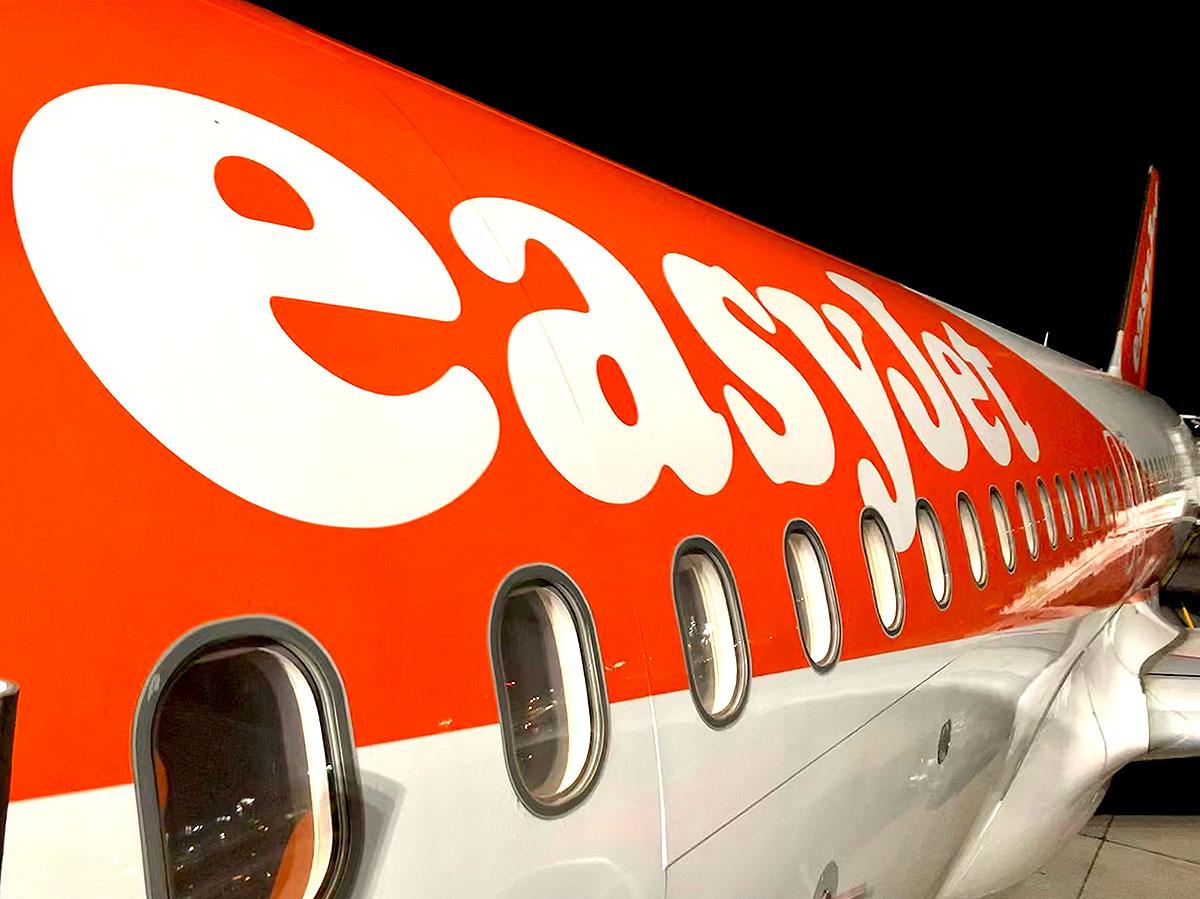 easyJet boarding TXL Berlin Tegel